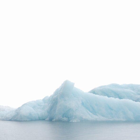 Blå is